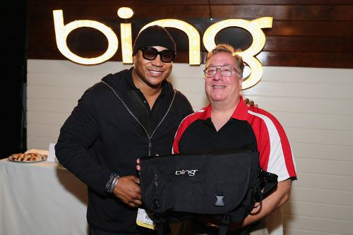 LL Cool J Poses With Daddy Mitch! Congrats on the Kennedy Center Honors! w/Linky! @llcoolj