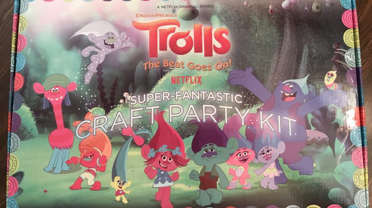 "Partying With ""DreamWorks Trolls: The Beat Goes On!"" For The January 19th Premiere! @Netflix @DWAnimation @Trolls #Trolls #ad"