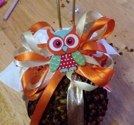 Orange Pomander Thanksgiving Holiday Decor! Guest Post by Grace of @Blessed_Element!